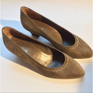 Bruno Magli Italian Suede Taupe Heels Size 6.5